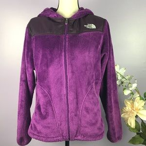 The North Face Size Large Oso Hoodie Berry Color